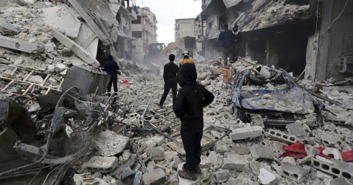 """Siria, Erdogan pronto a inviare le truppe come in Libia: """"Governo siriano tiranno a Idlib"""". E accusa la Russia di aver violato la tregua"""