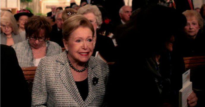 """Mary Higgins Clark morta, la """"regina del giallo americana"""" aveva 92 anni: i suoi libri hanno venduto 300 milioni di copie"""