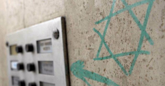 """Bologna, stella di David sulla porta di un parente di deportati: """"Nella Shoah ho perso tutta la famiglia di mio padre"""""""