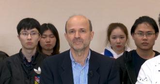 """Coronavirus, il video del rettore dell'Università per stranieri di Siena con gli studenti cinesi: """"Ci sono virus più pericolosi, come il razzismo"""""""