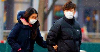 """Coronavirus, la coppia cinese resta ricoverata in terapia intensiva. Università Zhejiang: """"Due farmaci efficaci"""". Oms: """"Nessuna terapia nota"""""""