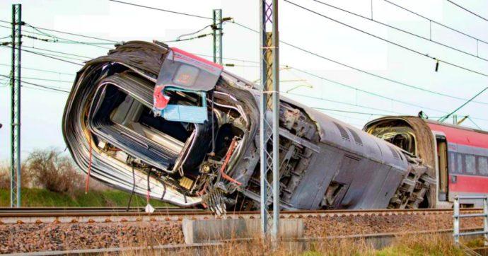 """Incidente Frecciarossa, la prima pista degli investigatori sulla dinamica: """"Lo scambio in 'falsa posizione', così il treno è deragliato"""""""