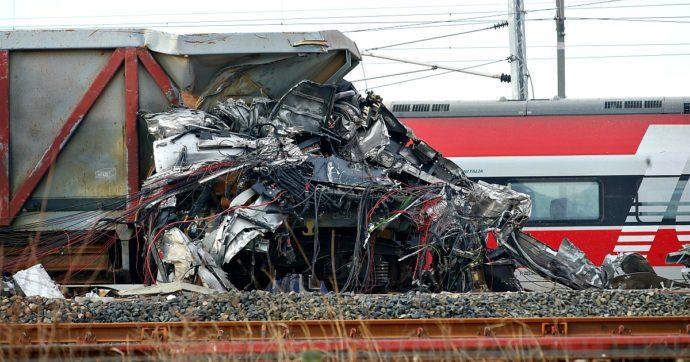 """Treno deragliato, Agenzia per la sicurezza delle Ferrovie: """"Rilevata un'inversione dei cablaggi nel congegno, difetto interno"""""""