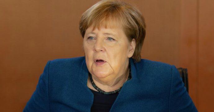 """Germania, si dimette il neogovernatore della Turingia eletto coi voti di Afd. Merkel furiosa: """"Noi mai con l'estrema destra"""""""