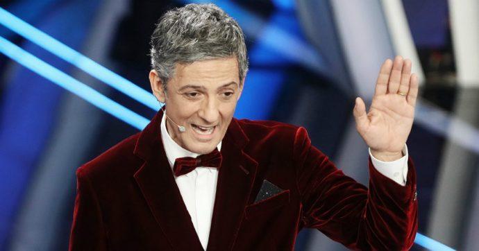 """Coronavirus, l'appello dei vip #iorestoacasa. Fiorello: """"Si sta tanto bene sul divano, c'è del casismo"""". Laura Pausini: """"E' una cosa molto seria, rischiate di infettare gli altri"""""""