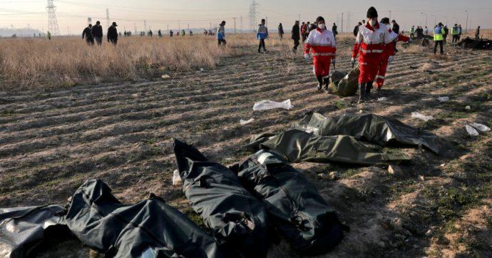 Frustate, scariche elettriche e condanne a morte: così l'Iran punisce le proteste