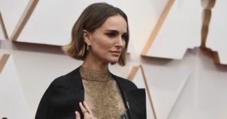 "Oscar 2020, Natalie Portman ""indossa"" i nomi delle registe snobbate e Spike Lee omaggia Kobe Bryant: tutti i look sul red carpet [FOTO]"