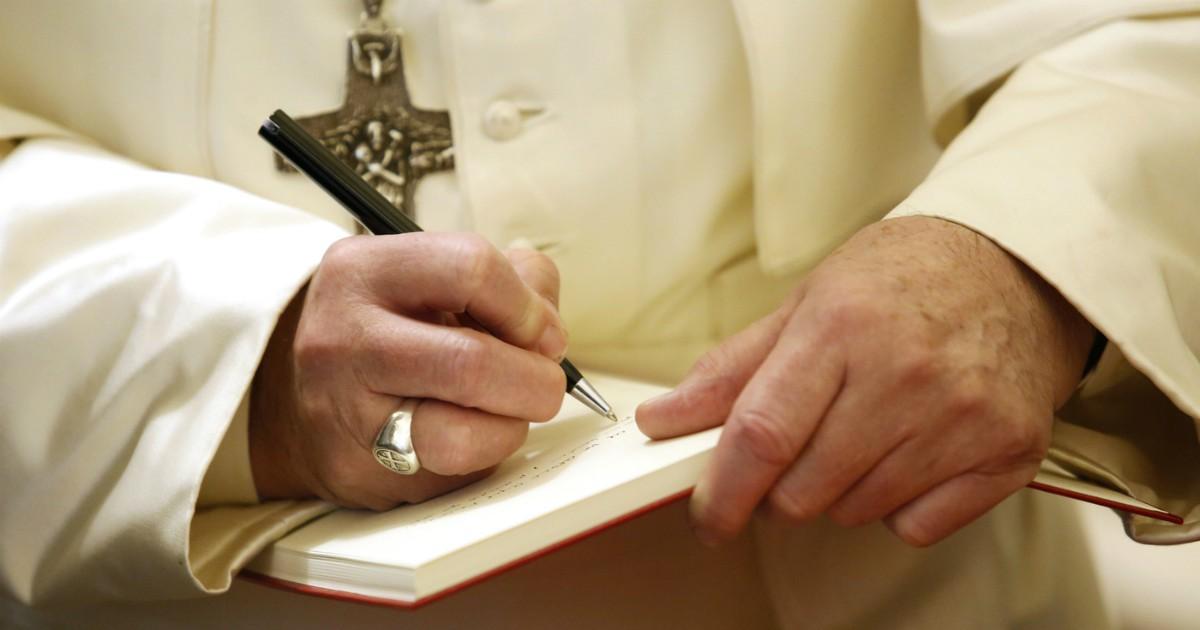 Preti sposati, Papa Francesco non ha mai cambiato idea