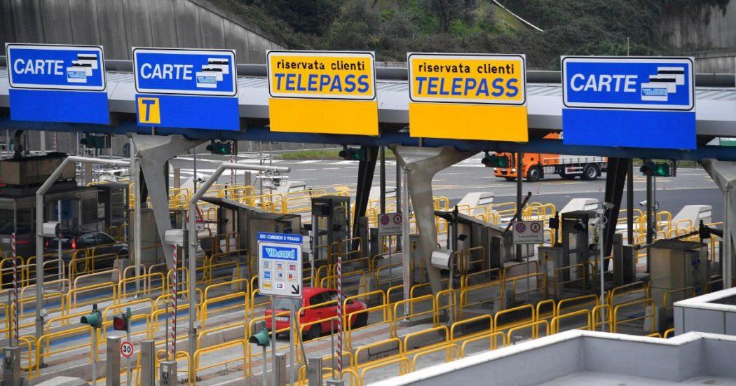 """Autostrade, Atlantia ricatta il governo per avere garanzie statali: """"Senza prestito stop a 14,5 miliardi di investimenti. Pronti alle vie legali"""""""