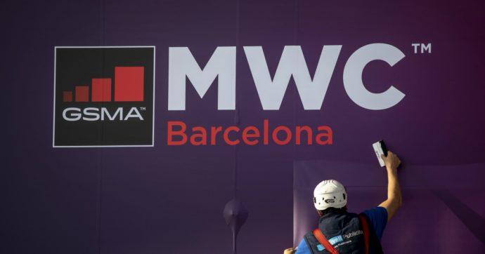 Coronavirus, annullato il Mobile World Congress, fiera della telefonia hi-tech di Barcellona