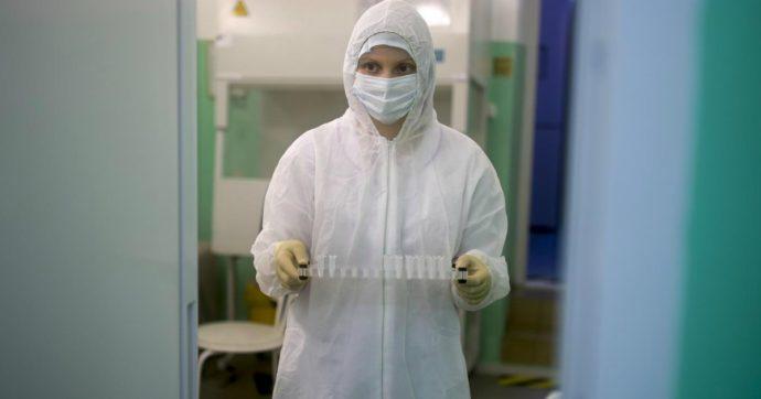 """Coronavirus, donna in quarantena scappa dalla clinica a San Pietroburgo: """"Era una gabbia"""". E su Instagram spiega come evadere"""