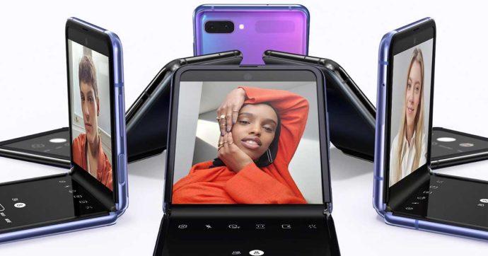 Samsung lancia Galaxy Z Flip, il suo smartphone a conchiglia