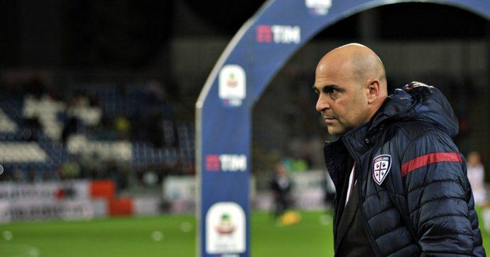 Cagliari, tre tifosi radiati per sempre dallo stadio: hanno lanciato offese razziste contro i calciatori avversari