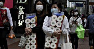 Coronavirus, panico a Hong Kong: rapina a mano armata per 60 pacchi di carta igienica