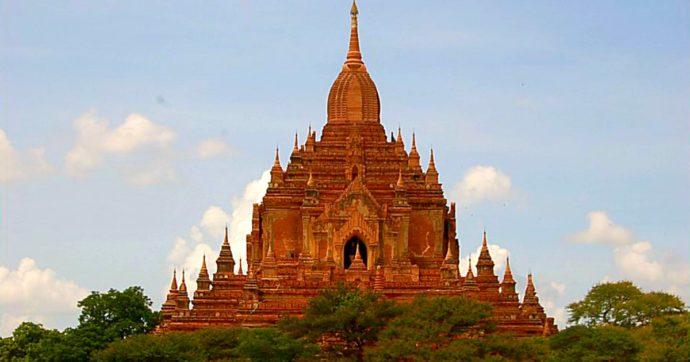 Italiani girano un video porno davanti alle pagode di Bagan: scoppia la polemica in Myanmar