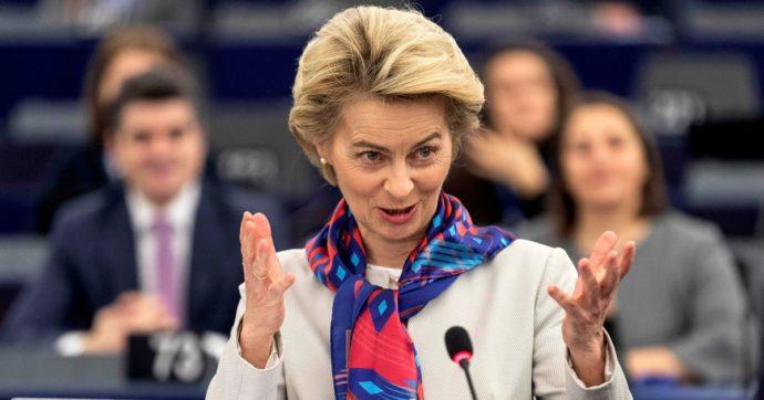 """Coronavirus, von der Leyen boccia i coronabond e l'Italia attacca. Conte: """"Decide Eurogruppo"""". Gualtieri: """"Sbaglia"""""""