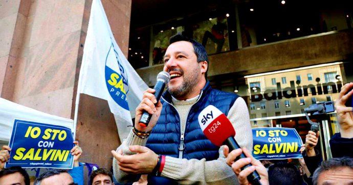 """Salvini cambia linea (di nuovo) sull'Europa: """"O cambia o muore"""". Messaggio agli alleati per le Regionali: """"Usciamo dai recinti dei partiti"""""""