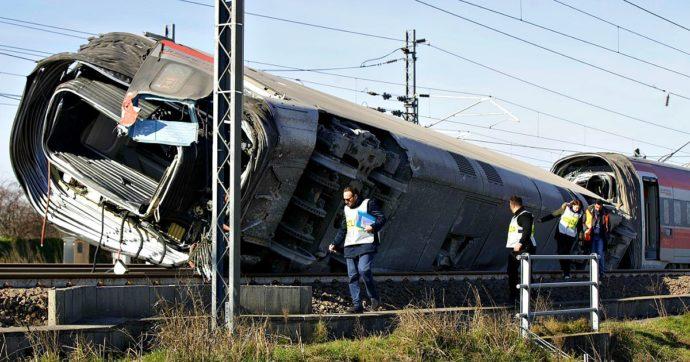Treno deragliato, altri 11 indagati nell'inchiesta per disastro e omicidio colposo: sei dipendenti di Alstom e 5 di Rfi, anche l'ad