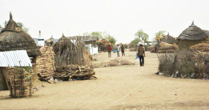 Niger, sei turisti francesi e due cittadini locali uccisi da un gruppo di uomini armati. Sgozzata una donna che ha tentato la fuga
