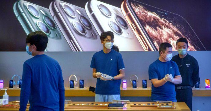 Coronavirus, Apple taglia l'obiettivo di ricavi per il primo trimestre. Moody's rivede al ribasso le stime sul pil cinese: da +5,8 a +5,2%