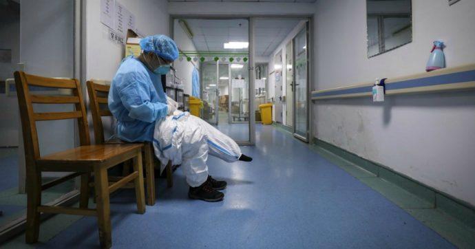 Coronavirus, i dati: ci sono altri 566 morti. In totale sono più di ventimila. Ma il trend di crescita del contagio è al 2%: mai così basso