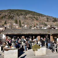 Il bar La rassega, ricavato in un mulino storico.