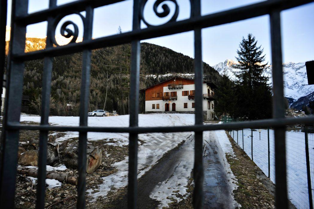 Villa Marangoni, in via Marangoni, retaggio della vecchia Ponte di Legno.