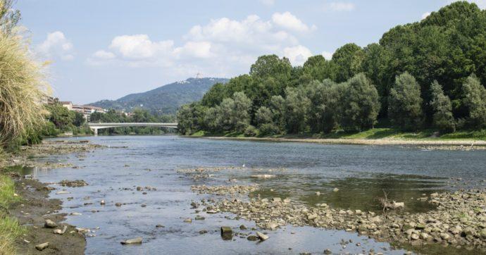 Clima, allarme siccità per il Po: livello delle acque basso come in estate. Caldo anomalo in tutta la Penisola: 1,6 gradi sopra la media
