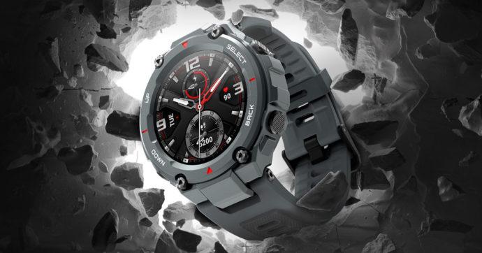 Amazfit T-Rex, arriva in Italia lo smartwatch super resistente per la vita all'aria aperta