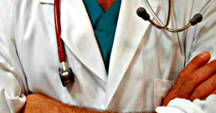 """""""Disgustati dagli altissimi compensi"""", la lettera dei medici contro il presidente della cassa di previdenza Enpam"""