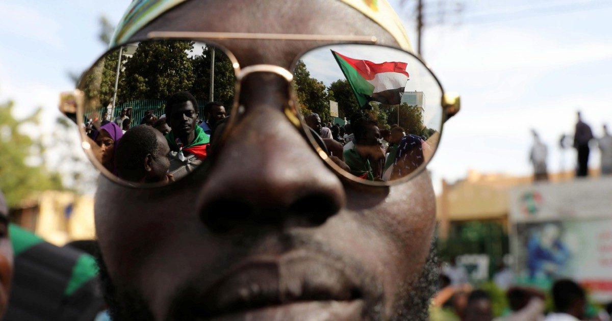 Sudan, l'ex Stato-canaglia ora diventa amico di  Bibi