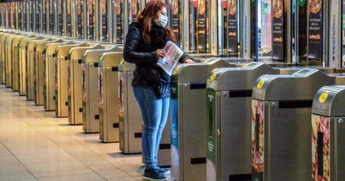 Milano, gli artisti potranno abbellire la nuova linea M4 a spese proprie: una scelta deprimente