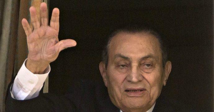 Hosni Mubarak, morto l'ex presidente egiziano: aveva 91 anni. Era stato sottoposto a un'operazione chirurgica un mese fa