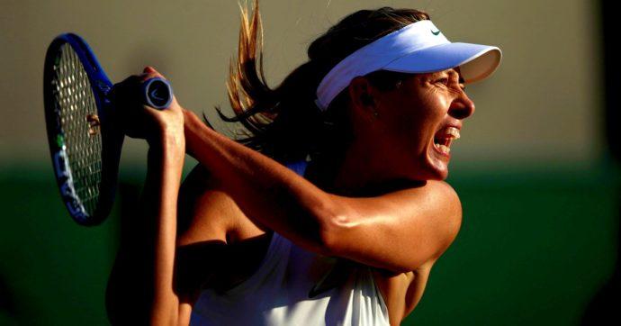 Maria Sharapova si ritira a 32 anni: la tennista russa ha vinto 5 tornei Slam ed è stata numero uno al mondo. Aveva problemi a una spalla