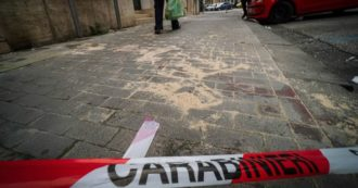 Napoli, 15enne tenta rapina con una pistola finta: carabiniere non in servizio spara tre colpi e lo uccide