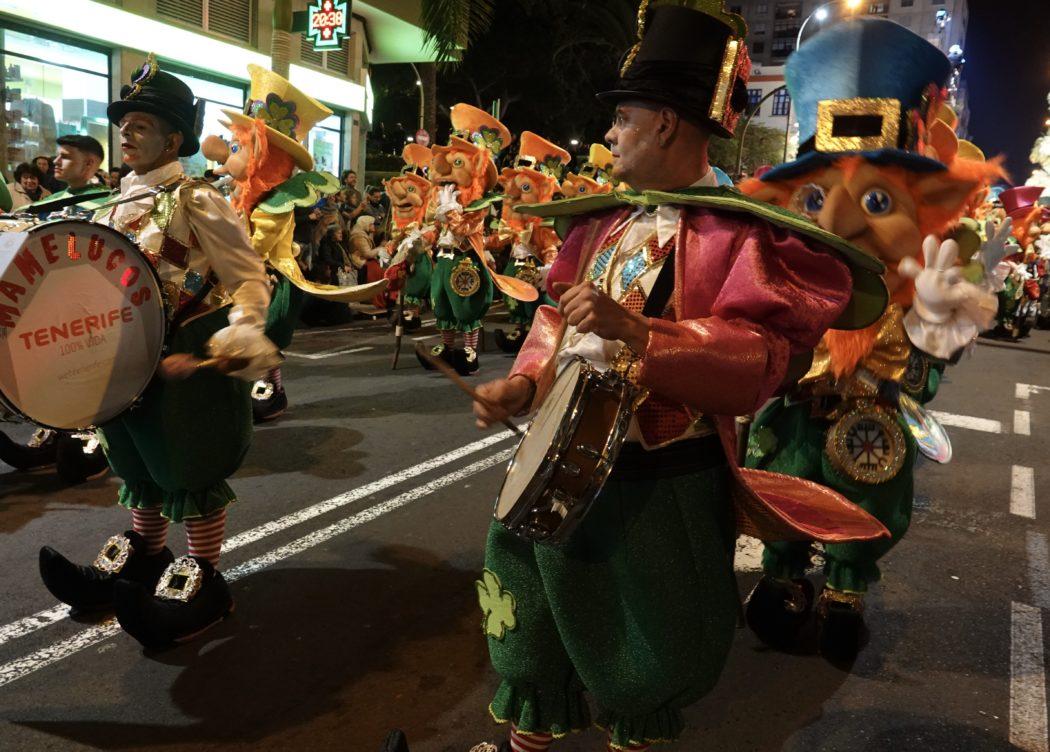 I costumi del Carnevale ufficiale sono sempre ricchissimi.