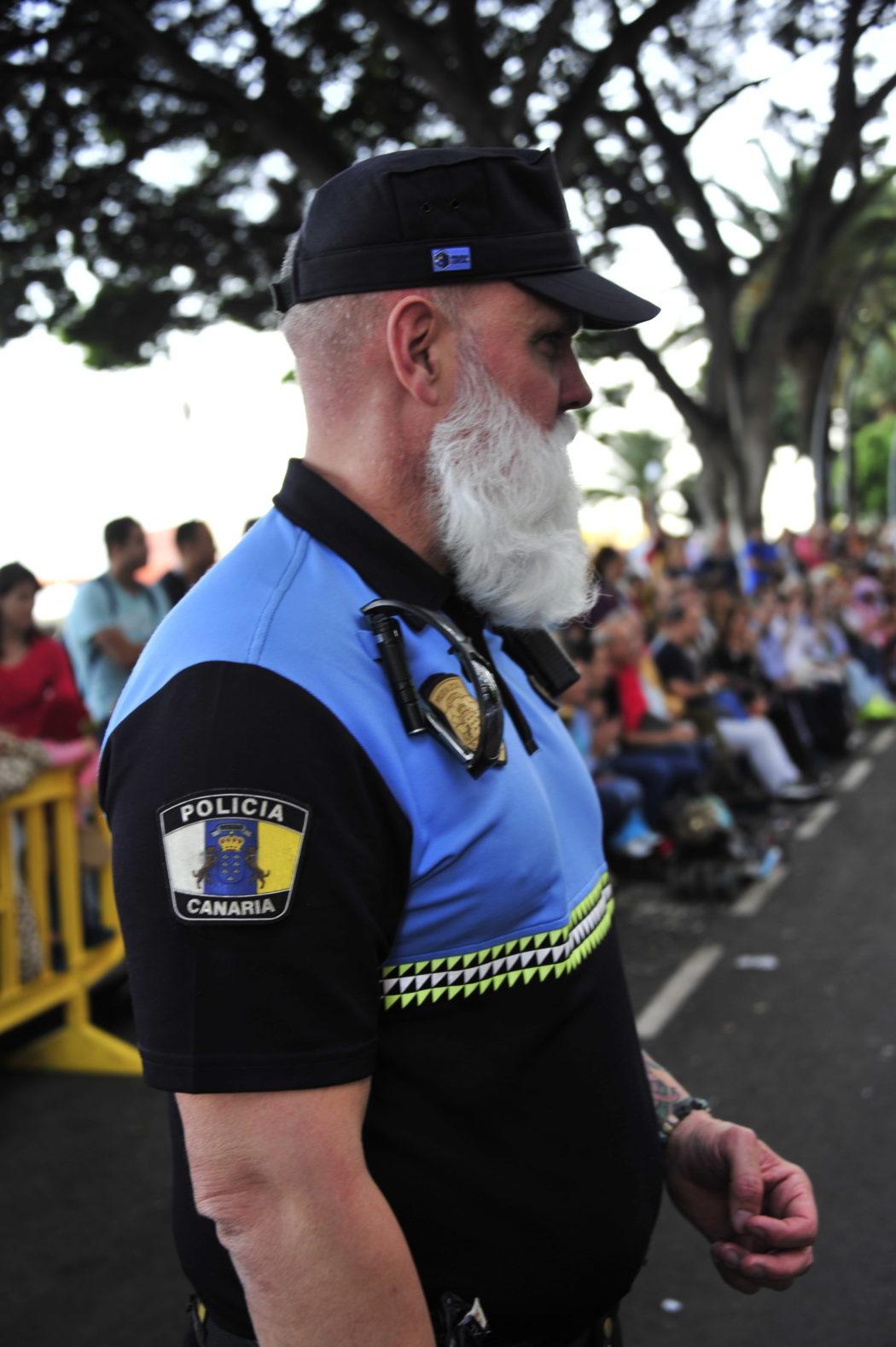 Su tutti vigila la polizia delle Canarie.