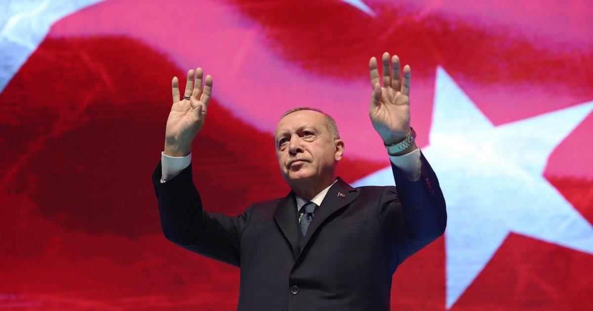 Erdogan, il padrone del Mare Nostrum che addestra i libici sulle motovedette italiane