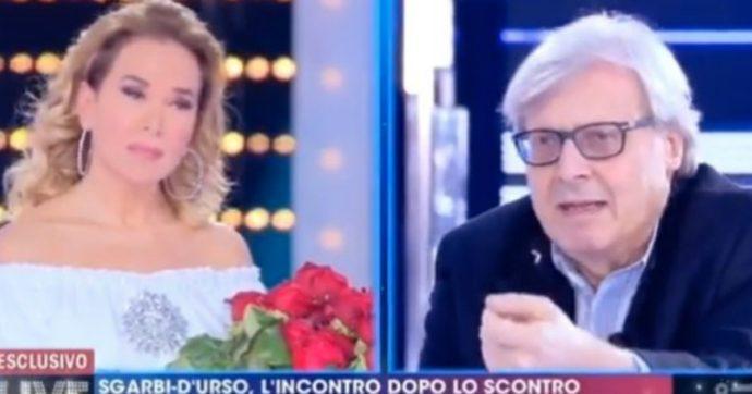 """Vittorio Sgarbi: """"Non critico Salvini per la preghiera in tv con Barbara D'Urso ma Papa Francesco e il suo gesto abominevole nella piazza vuota"""""""