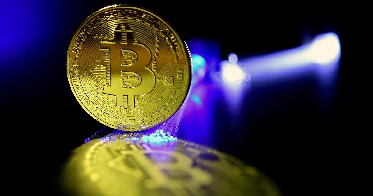 """Bitcoin & C., truffe in aumento: """"La bolla cresce. Ed esploderà"""""""