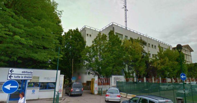 """Coronavirus, solo 3 medici sani nel reparto di Geriatria dell'ospedale di Treviso con 88 degenti: """"Situazione disperata, non reggiamo"""""""