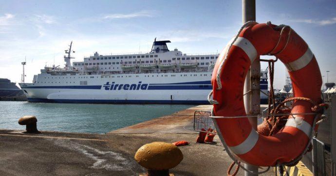 """Tirrenia, commissari sequestrano i conti di Cin. La società: """"Stop ai collegamenti con le isole"""". Governo: """"Garantiti da altri armatori"""""""