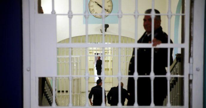 Coi contagi in aumento nelle carceri rischiamo la bomba sanitaria. Ecco cosa va fatto subito