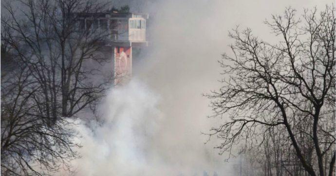 """Migranti, Grecia: """"Forze speciali di Ankara attaccano la nostra polizia alla frontiera"""". Borrell: """"I confini europei non sono aperti"""""""
