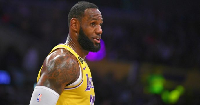 "Coronavirus, LeBron James: ""Partite a porte chiuse in Nba? Impossibile, io non gioco"""