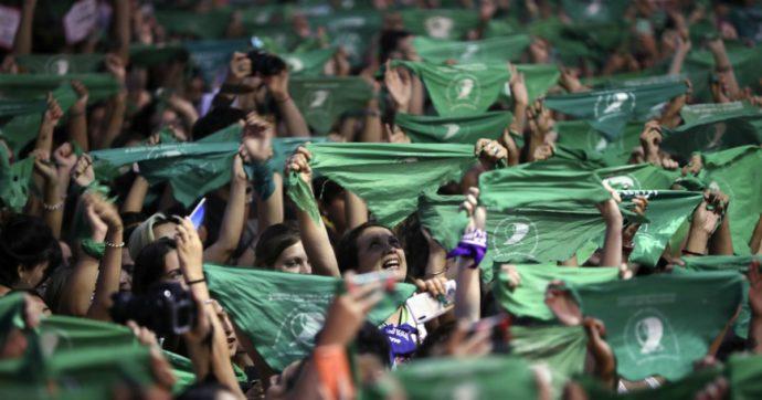 8 marzo, America Latina in prima linea nelle manifestazioni sulle parole di El violador eres tu (Lo stupratore sei tu)