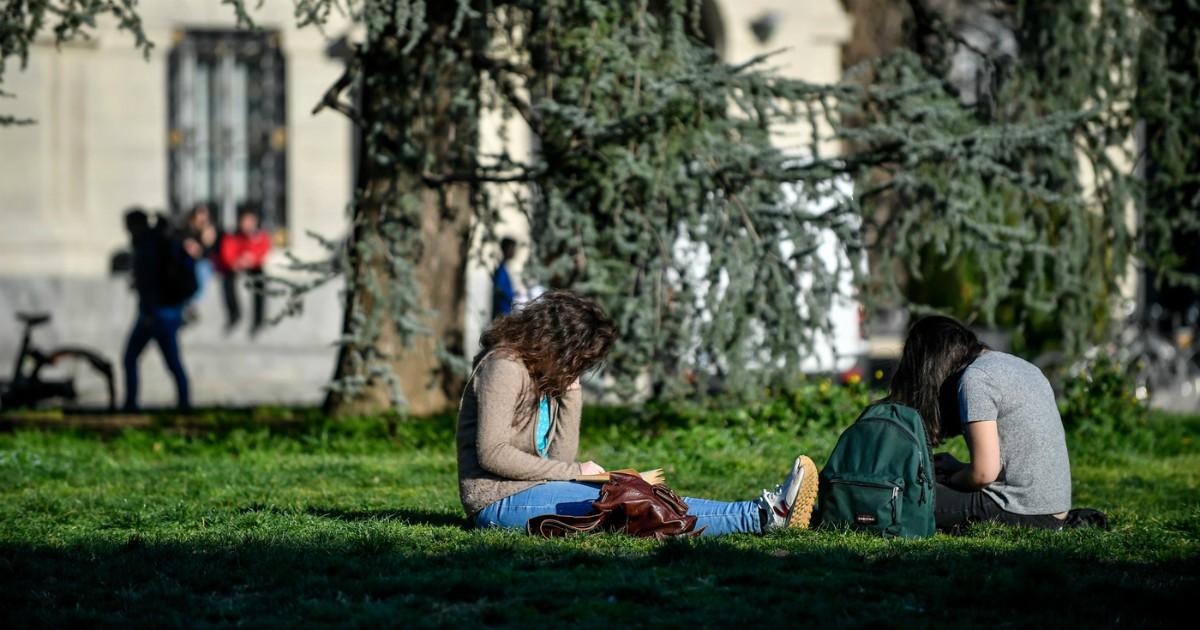 Scuole chiuse, ai prof va riconosciuto il ruolo di 'ammortizzatori' sociali - Foto Claudio Furlan - LaPresse