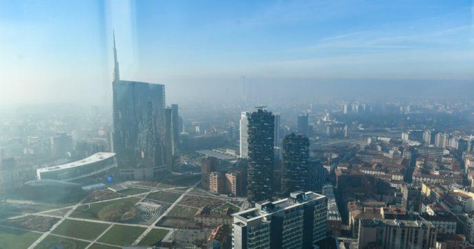 Coronavirus, in un mese calati i livelli di smog nel Nord Italia: le immagini a confronto