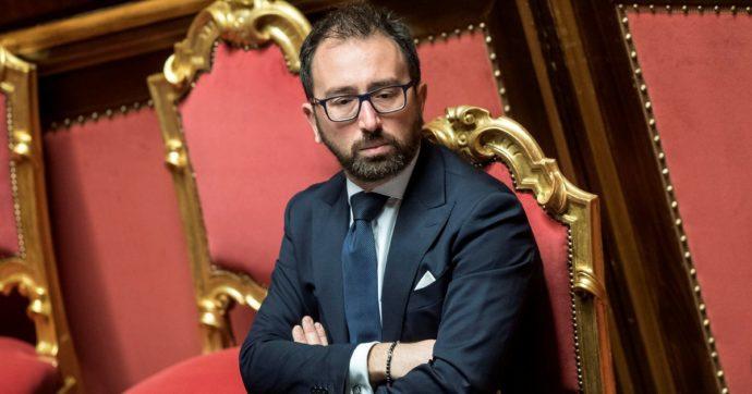 """Bonafede: """"Scarcerazioni boss ordinate dai giudici non da me. Mancata nomina Di Matteo al Dap? Nessuna interferenza"""""""