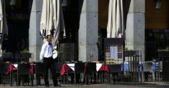 """Coronavirus, boom di contagi in Francia e Spagna. Catalogna in isolamento. Berlino chiude i bar, in Grecia anche negozi. Oms: """"Europa epicentro pandemia"""". Bolsonaro: """"Sono negativo"""""""